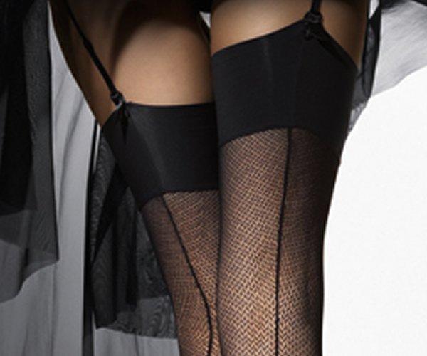 фото мужики в чулках и юбках