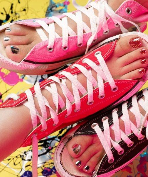 фото пальчики женских ног крупным планом